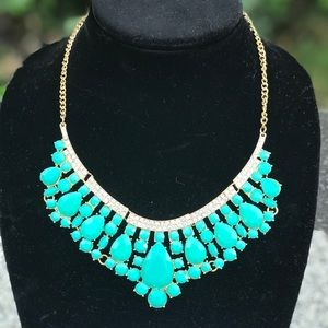 Jewelry - 🆕 Tiffany Blue Faceted Gem Bib Statement Necklace